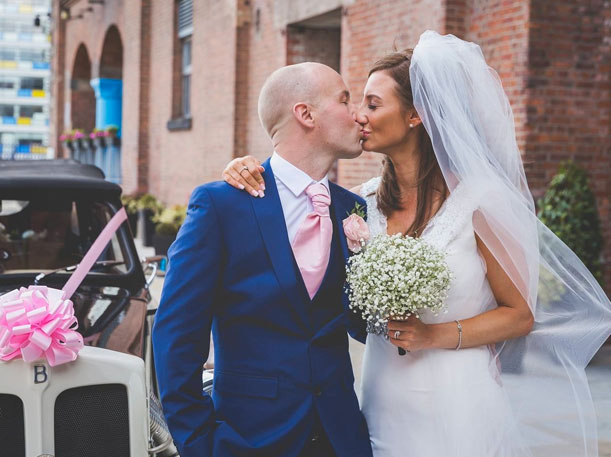 Uk couple battles terminal cancer gets a free wedding for Donate wedding dress cancer